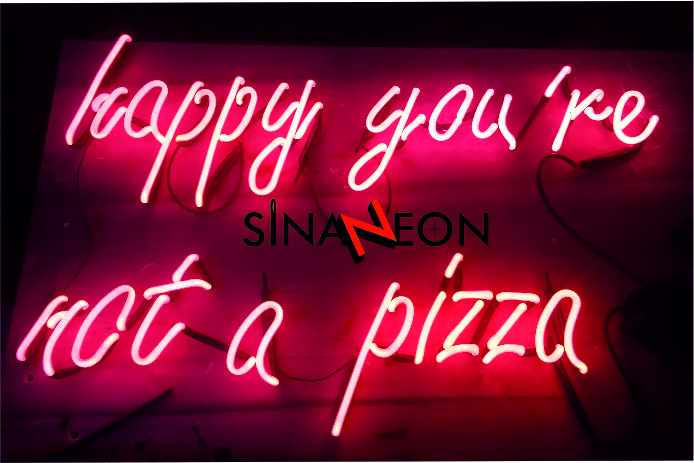 Neon Tabelanın Kralı Burada