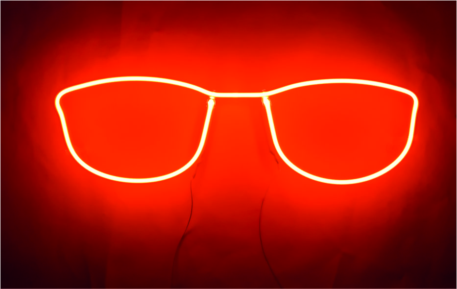 Gözlük Neon Resmi