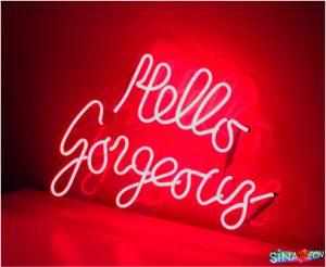 cam neon hello gorgeous yazı uygulaması