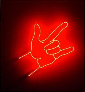 cam neon rock el işareti